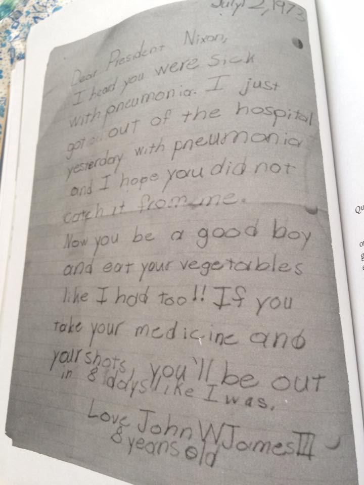 """""""Saí do hospital ontem e estava com pneumonia e espero queo senhor não tenha pegado pneumonia de mim"""" (reprodução de Cartas Extraordinárias)"""
