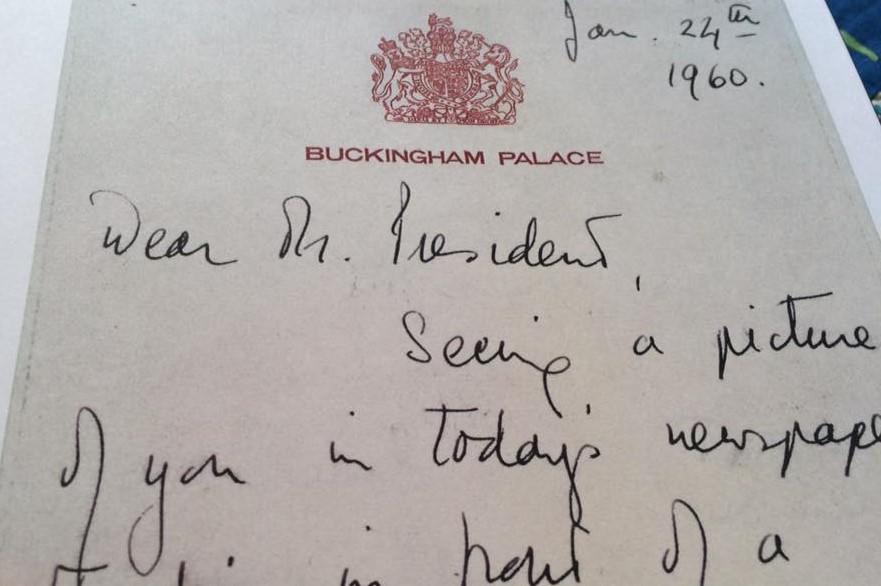 Carta da rainha Elizabeth II ao então presidente dos Estados Unidos, Eisenhower