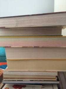 Livros empilhados/Viviane Zandonadi